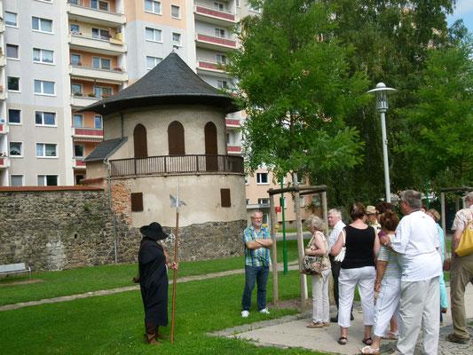 Rest der inneren Stadtmauer mit Pulverturm