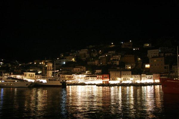 der Hafen am Abend