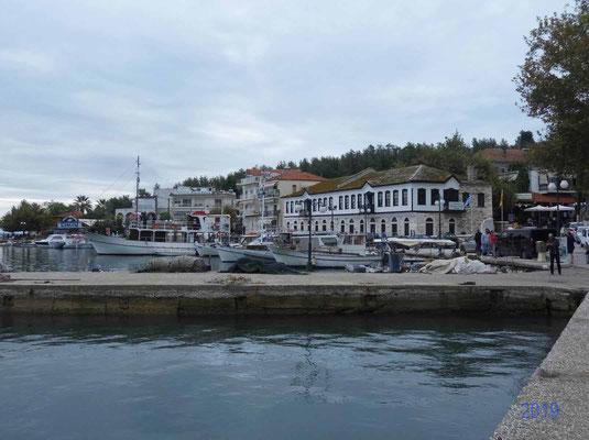 Hafen von Limenaria