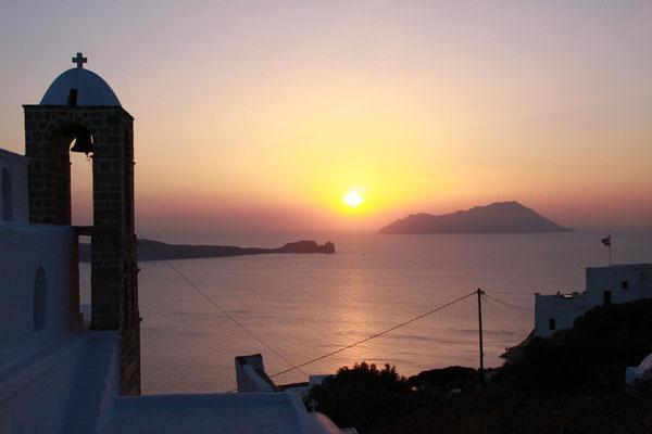 schöne Sonnenuntergänge, auch auf Milos gibt es sie natürlich ...