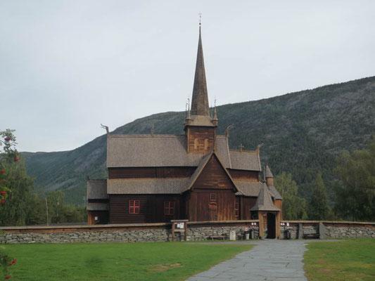 Die berühmte Stabkirche