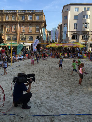 Der WDR ist live dabei und filmt die Eröffnung des 2. Barmer Karibisch Festes