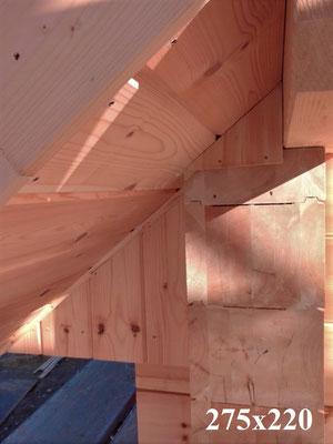 Massivholzhaus - Blockbohle 275x220 mm - Eckverkämmung - Holzhaus in massiver Blockbauweise