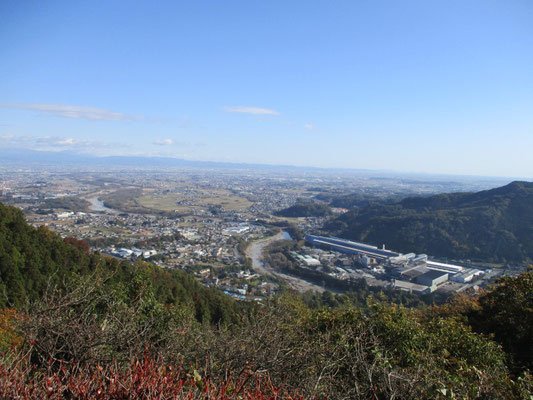 弁天山からは、関東平野を一望できます。