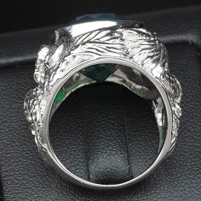 перстень с изумрудом в серебре 925