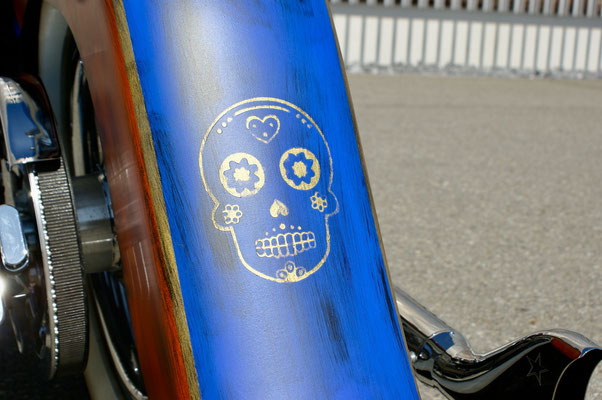Harley Davdison Softail Deluxe Chicano with Skull