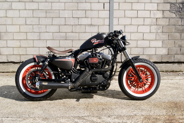 Harley Davidson Sportster Bobber with Zard-Exhaust