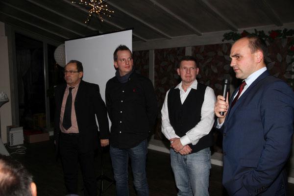 STH-Sportleiter Kim-Oliver Rieth ehrte die Aktiven Marcus Steuer, Marcus Göbel und Bernd Rieth. Foto: Joachim Hähn