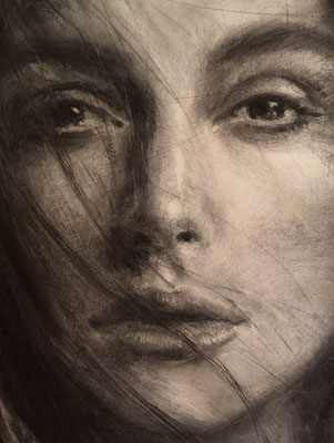 Keira Knightley, Detail, 110x135 cm, Kohle auf Papier, 2018