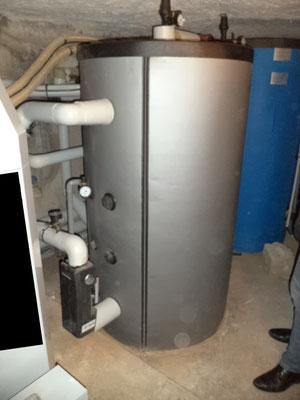 Installation d'une chaudière à granulés pour la production du chauffage et de l'eau chaude