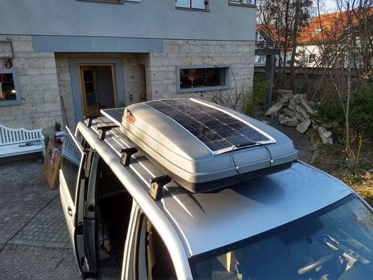VW Bus mit 230 W PV-Leistung