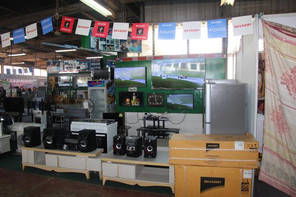 8. Unterhaltungselektronik und Kühlschränke.