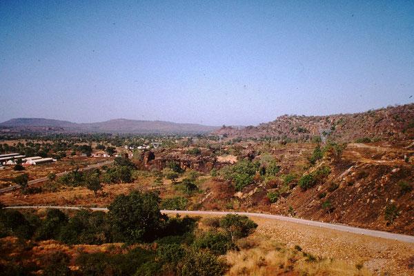 37. Landschaft zwischen Bafoulabe und Kita.