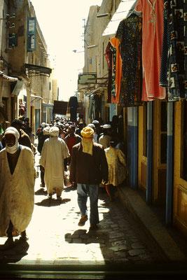 9. Eine Gasse  in Ghardaia.
