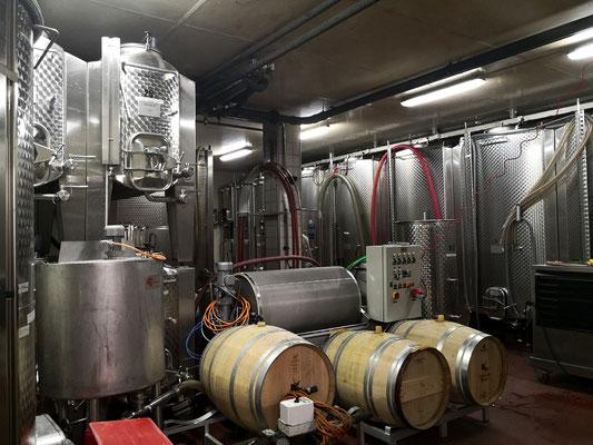 Weinkellnerei besichtigen Wallis