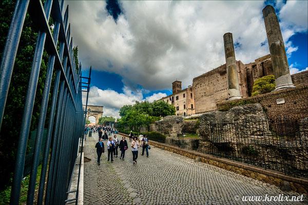 Дорога от Колизея к Форуму