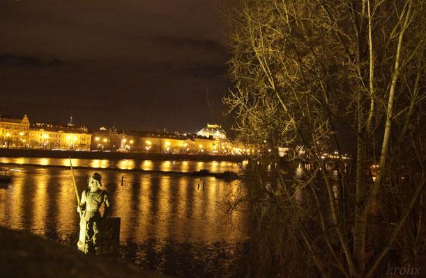 Ночной вид на Теплу...