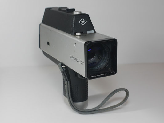 03B - AGFA MOVEXOOM 3000 SUPER 8