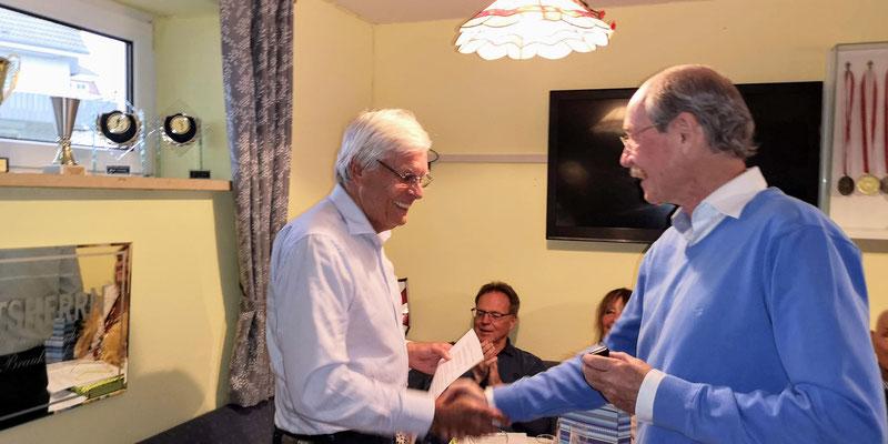 Gerardo Baumbach li Verleihung der Ehennadel in Silber
