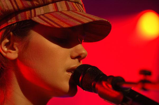 """Katie Melua - Ketevan """"Katie"""" Melua ist eine georgisch-britische Sängerin, Songwriterin und Musikerin."""