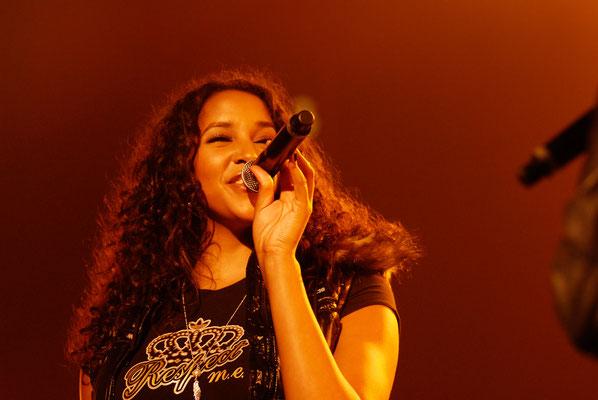 Cassandra Steen - Cassandra Steen ist eine in Deutschland lebende US-amerikanische Pop- und R&B-Sängerin.