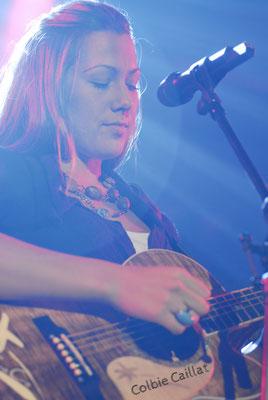 Colbie Caillat - Colbie Marie Caillat ist eine US-amerikanische Singer-Songwriterin und Grammy-Preisträgerin.