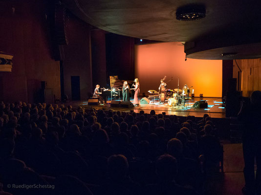 Lines for Ladies @ Women in Jazz - photo by Ruediger Schestag