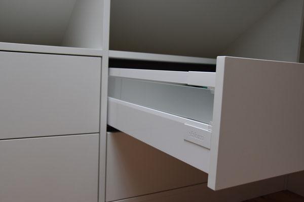 Blum Tandembox mit Glaseinsatz