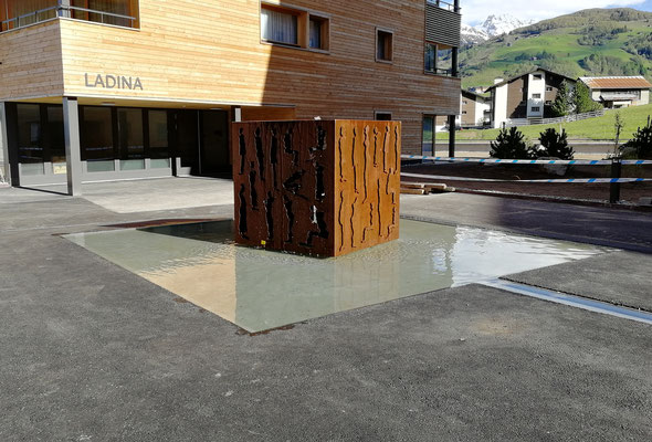 Projekt Brunnen/Fontauna PAUS