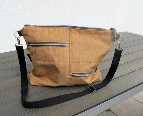 SIENA, grosse Allroundtasche aus Taschenstoff, 2 x Aussentasche