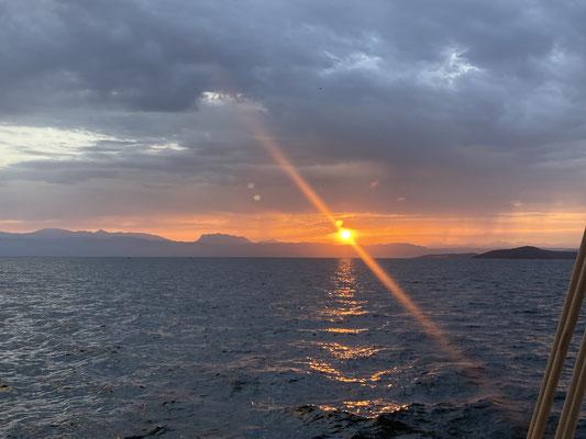Sonnenaufgang im Golf / Sunrise in the gulf