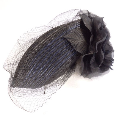 Paperborten / Seidenblume - auf Haarreif - 195.-