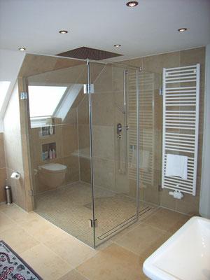 duschtrennw nde glas boog in witten. Black Bedroom Furniture Sets. Home Design Ideas