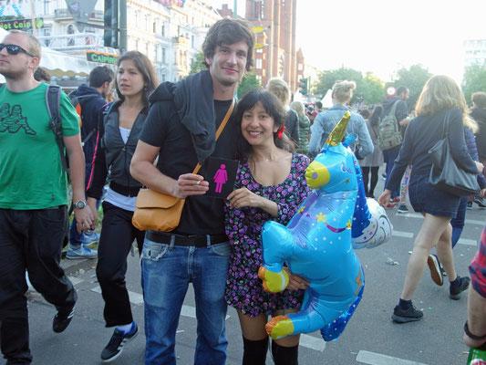Besucher mit CO-WC auf dem Karneval der Kulturen