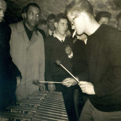 """Jazz-Musiker und amerikanische GIs im Hanauer """"Jazzclub 54"""""""