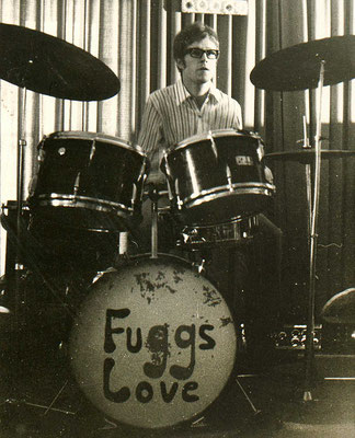 """Schlagzeuger der Hanauer Beat-Band """"Fuggs Love"""""""