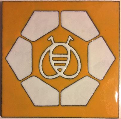 Le logo de la Miellerie en lave émaillée : Merci Steph Marcy ;-)