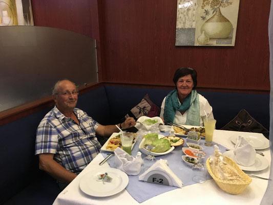 Abendessen in den Emiraten