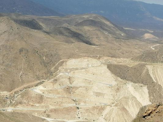 Omanischer Strassenbau ....