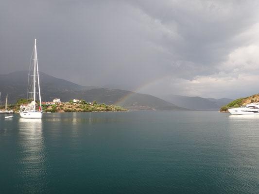 Regenbogen auf N. Trizonia