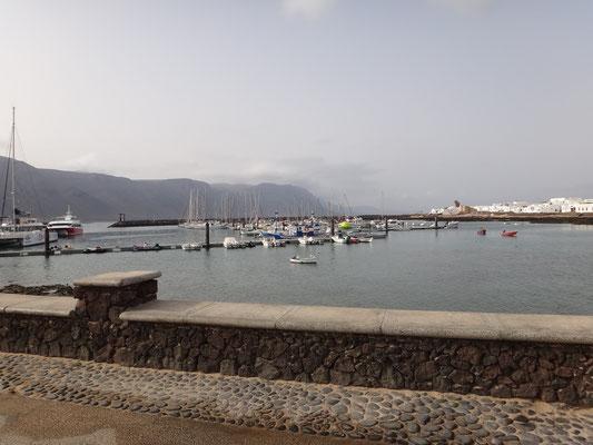 Im Hafen von Caleta de Sebo, Graciosa