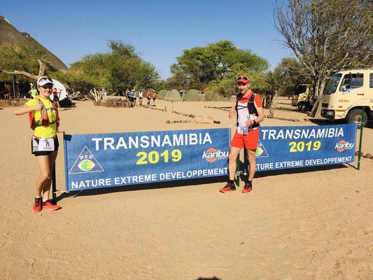 Susi und Micha beim 200-km-Transnamib
