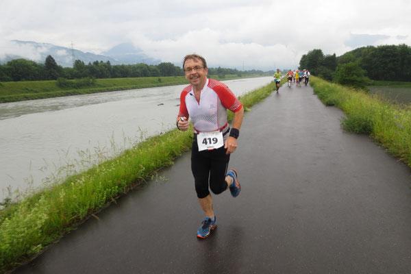 Markus auf dem Rheindamm