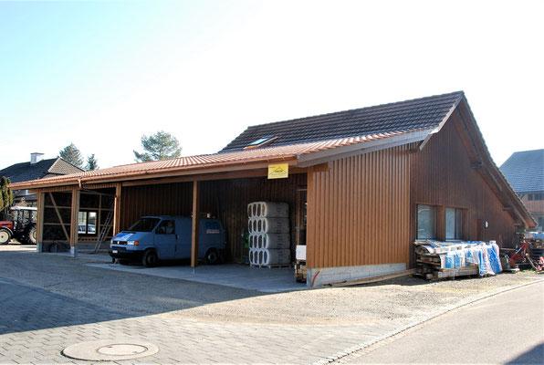 Anbau Schopf. Vordachüberdeckung und Carport