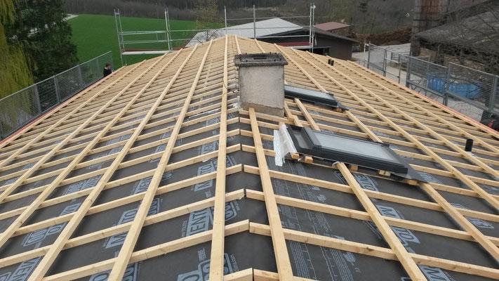 Unterdach und Lattung neu erstellt