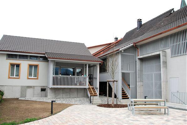 Aussenwand- und Laubenverkleidung mit vertikaler Lattung, Wittnau