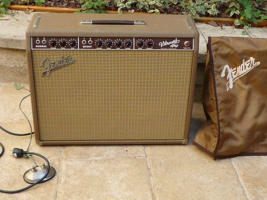 "Fender Vibroverb RI 63 Custom 2x10"""