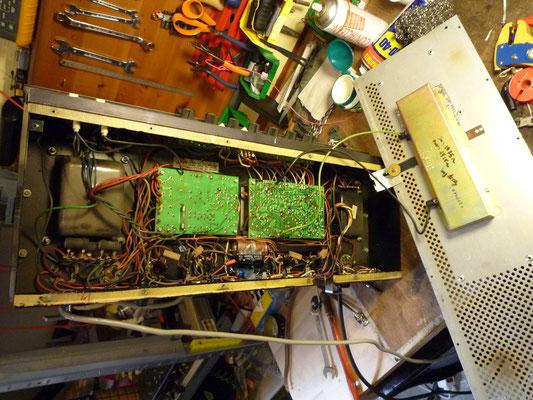 Ampeg V4B ; ce n'est pas terrible là dedans ...