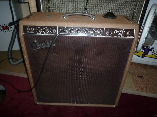 "Fender Concert 1961 Brownface 45w  4x10""    Jensen Alnico"