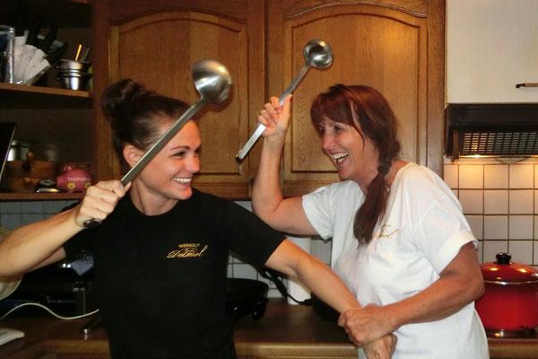 Das Küchenteam Maria und Pia